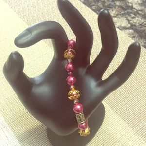 Jewelry - Dark red faux pearl bracelet